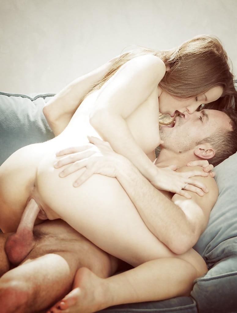 Секс Целуются