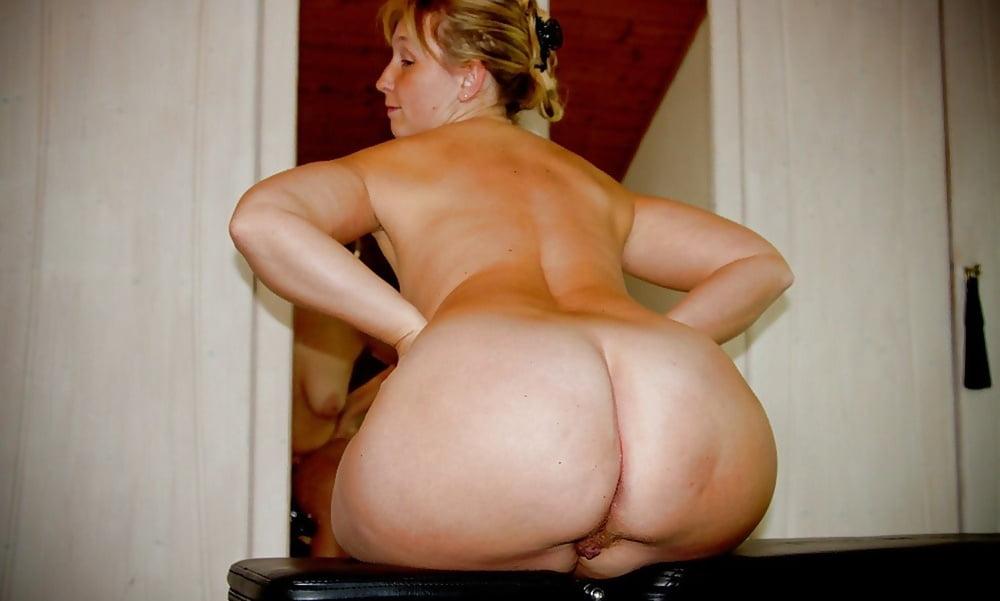 British big boob models