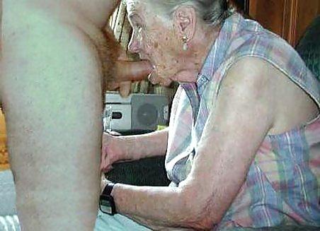 Порно Рассказы Подглядывание За Старушкой