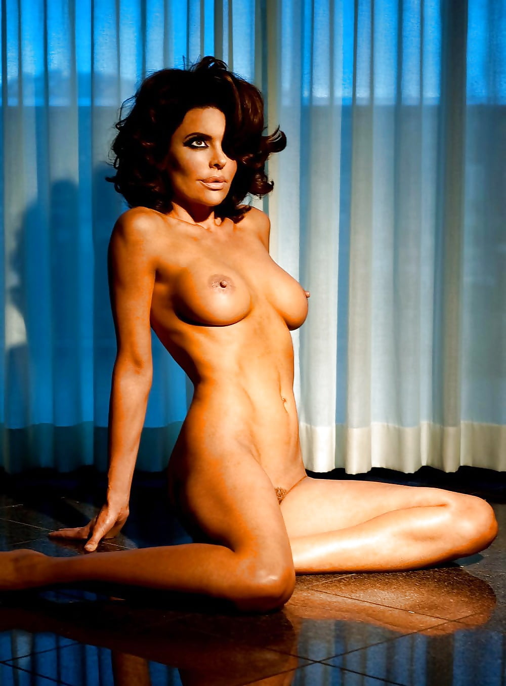 Фото Обнаженных Русских Актрис В Стиле Ню