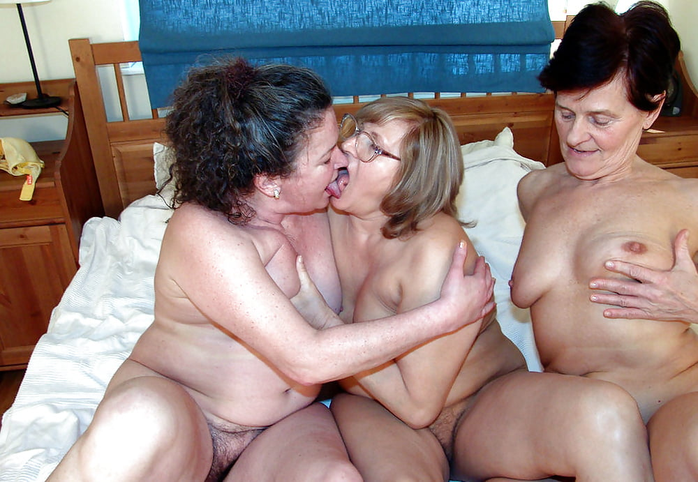Old and young lesbians fuck each other and pee