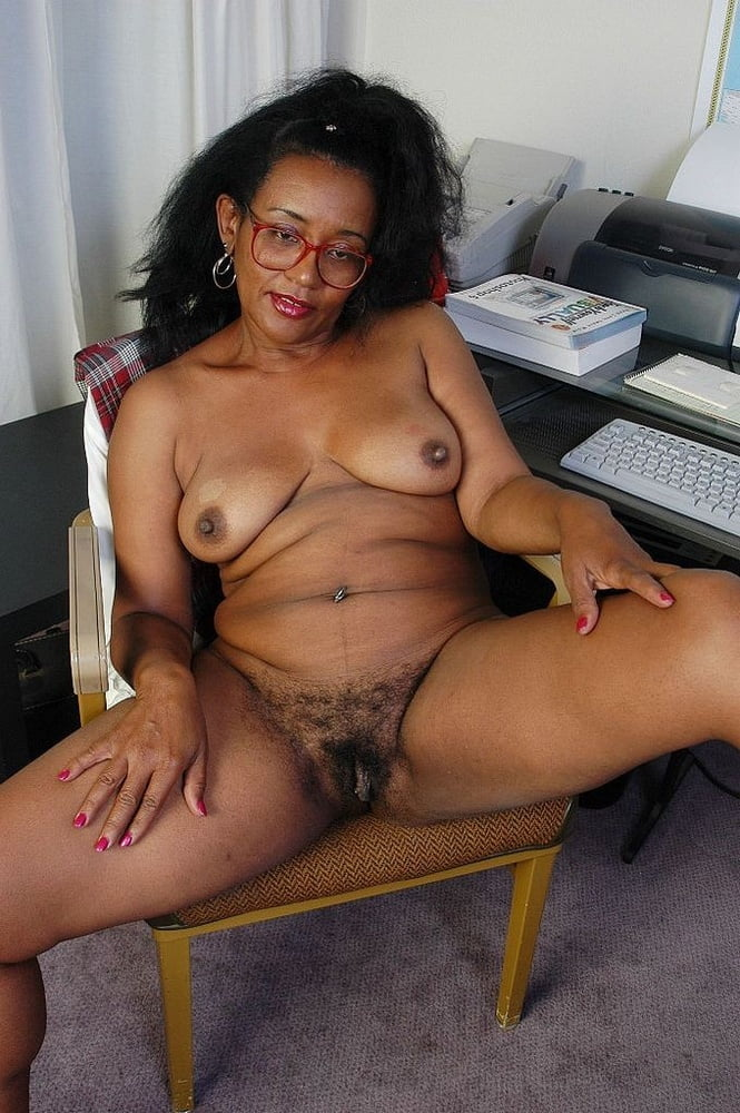videos Ebony granny porn