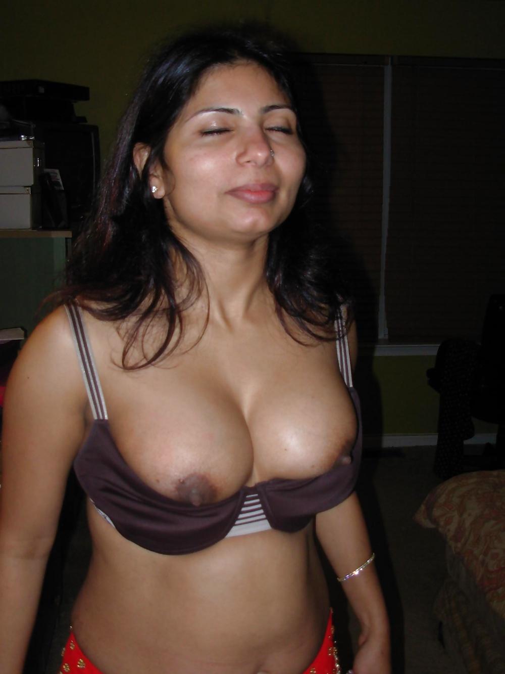 Big Boobs Bengali Bhabhi