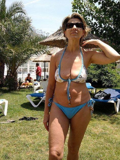 check-my-milf-bikini