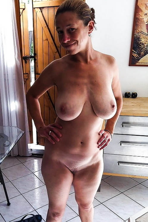 Private horny housewives