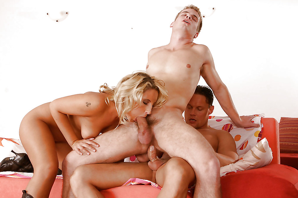 Mmf bisexual group fuck — pic 6