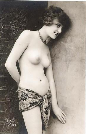 Ideal Nude Metro Art Women Photos