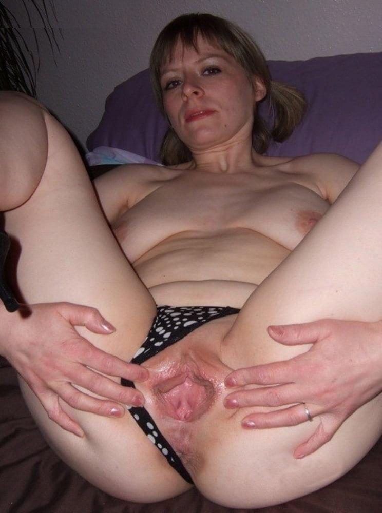 Amateur girl threesome #1