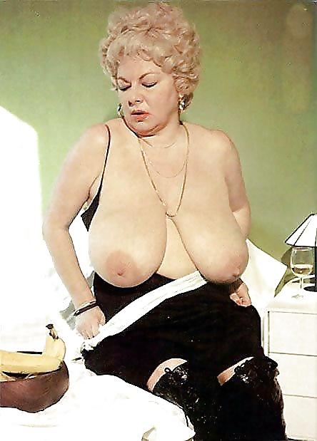 Retro Big Tits Granny Helen Schdmit - 22 Pics - Xhamstercom-3071