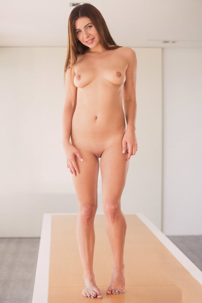 Ally weigh nude, virgin fucked by giant dick