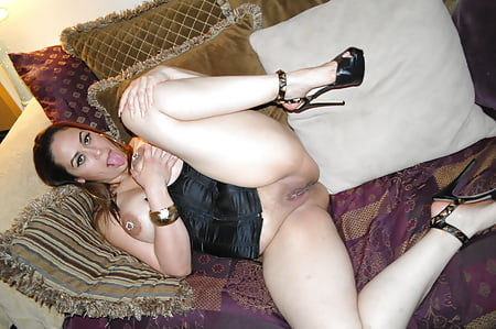 bikini pics lopez Angie