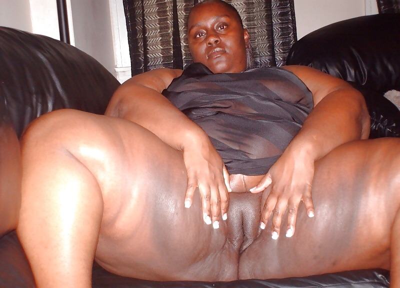 Fat pussy lips and deep vaginas of african women