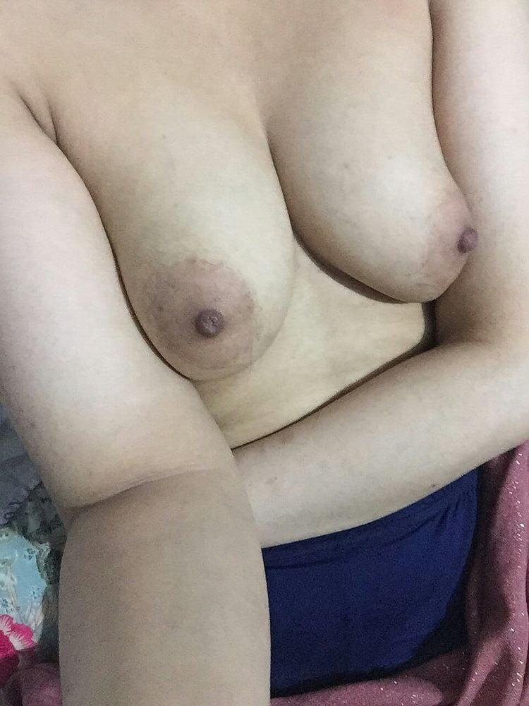 Beautiful Arab Girl - 65 Pics