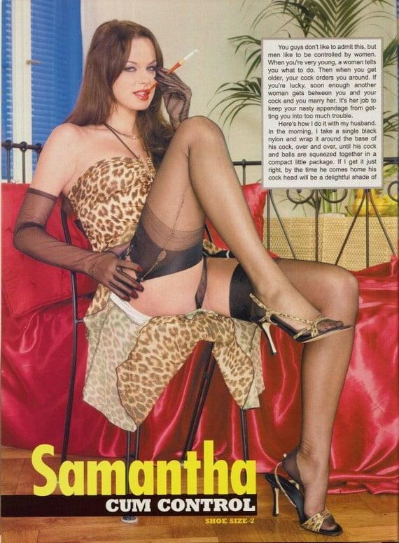 Sex photo Blowjob in a club