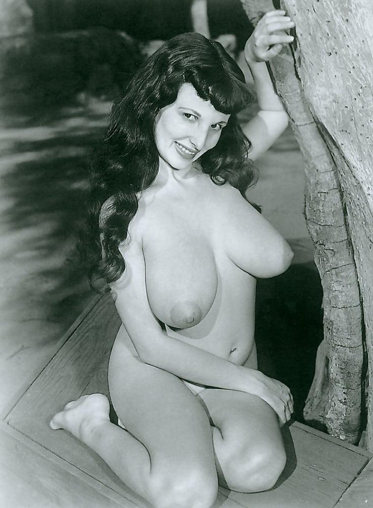 Retro Tits 59 - 10 Pics