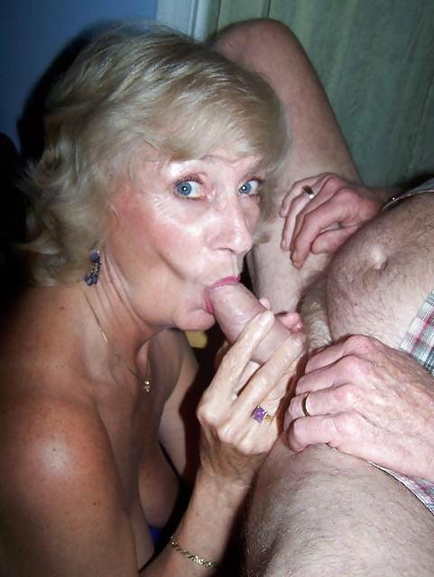 Hot Nude Reife Damen Bilder Photos