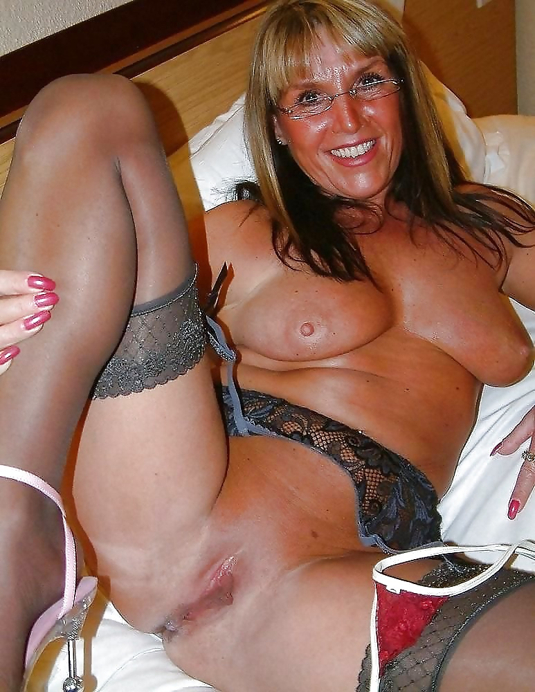 Mature women looking for fun-1822