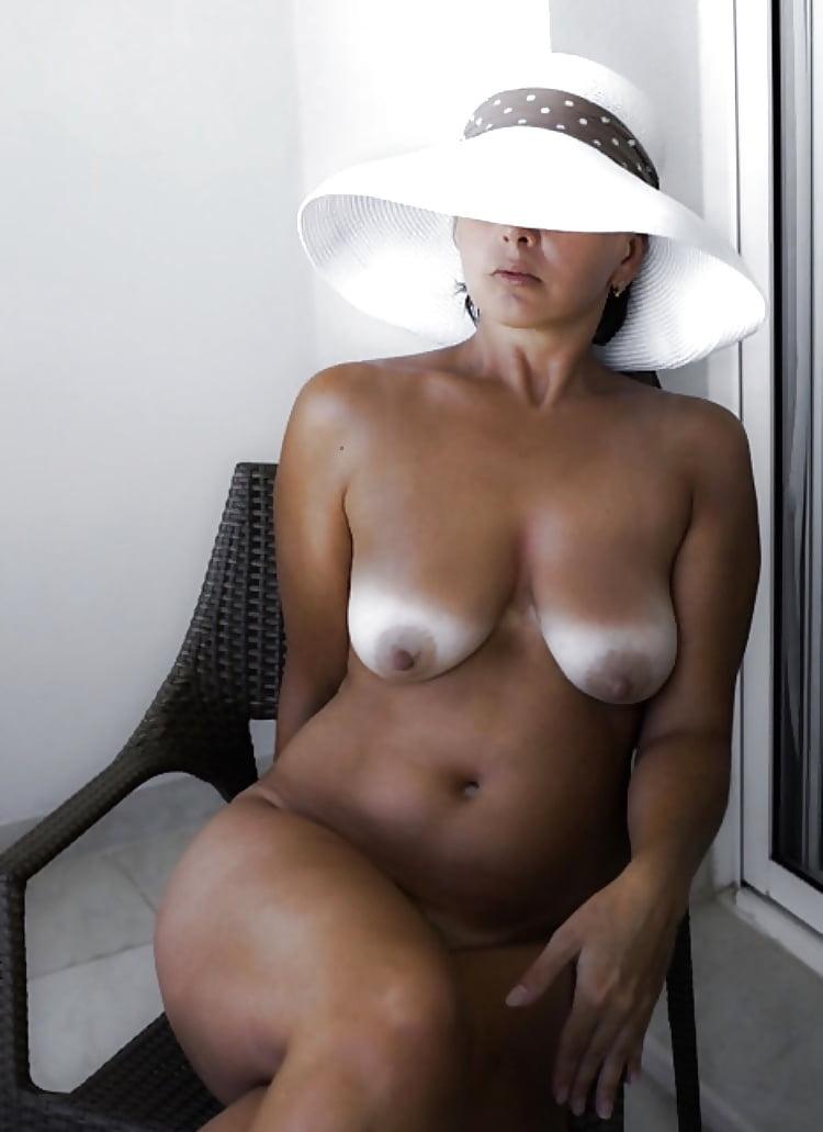 Mature Milf Tan Lines Nude