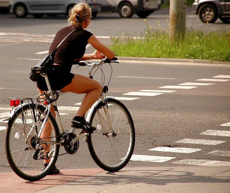 Bike with girls-4855