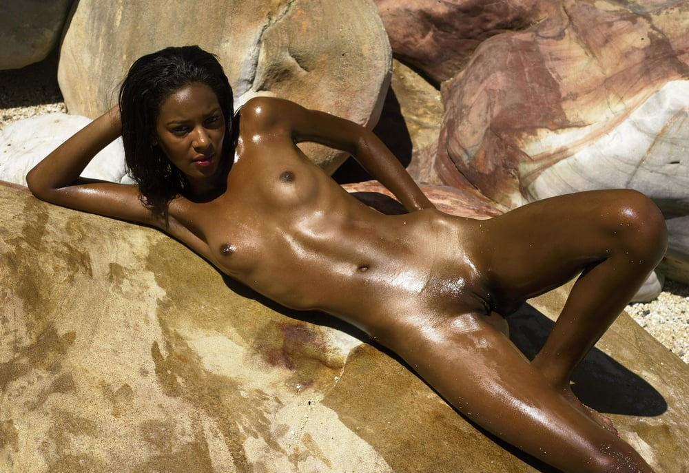 oiled-naked-black-girl-marylin-manson-bisexual