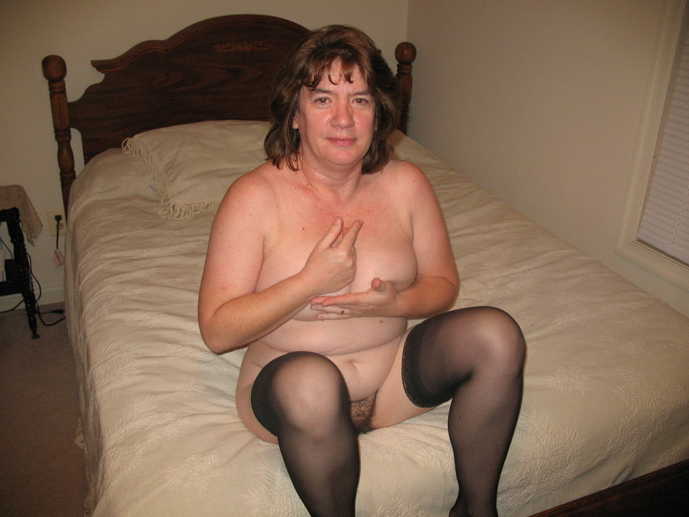BBW Mom - 74 Pics