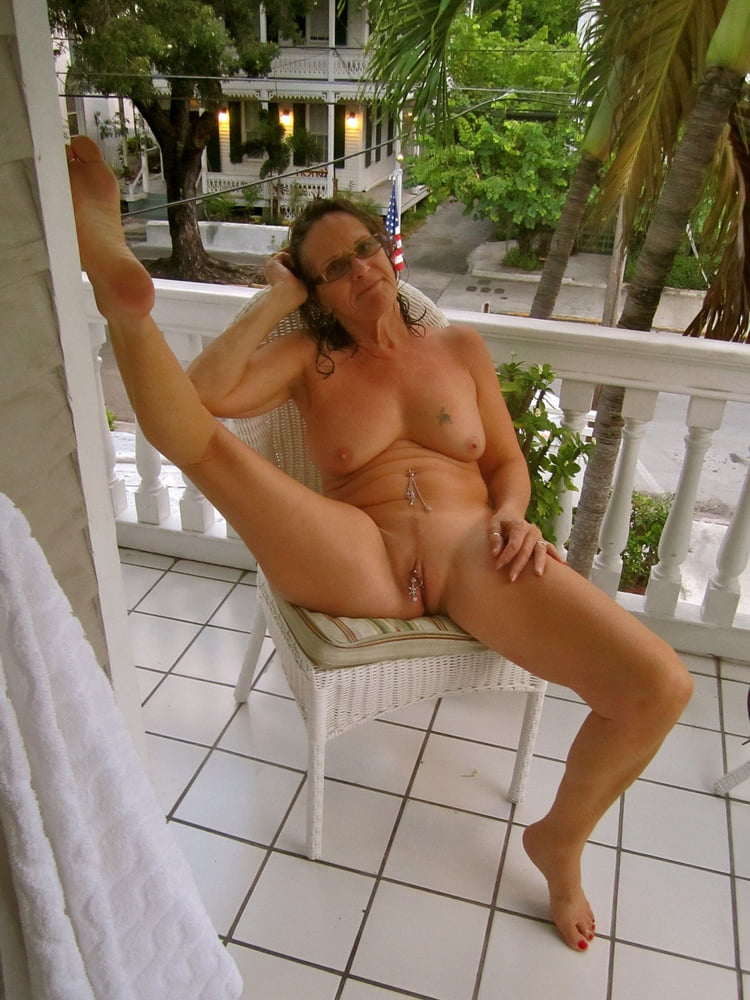 Topless Nude Mature Exhibitionists Images