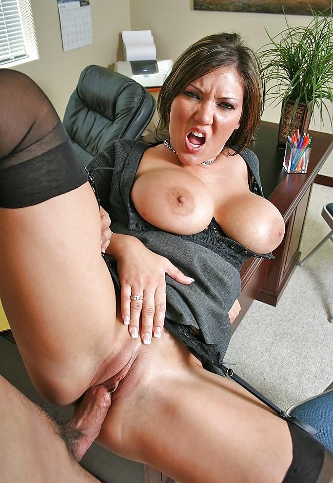 Порно фото сисястых секретарши