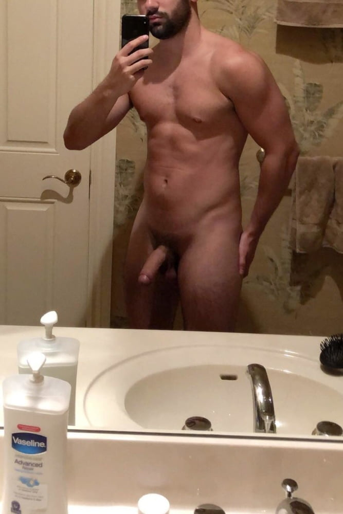 naked-male-dwarf-dennis-trill-nude-picture
