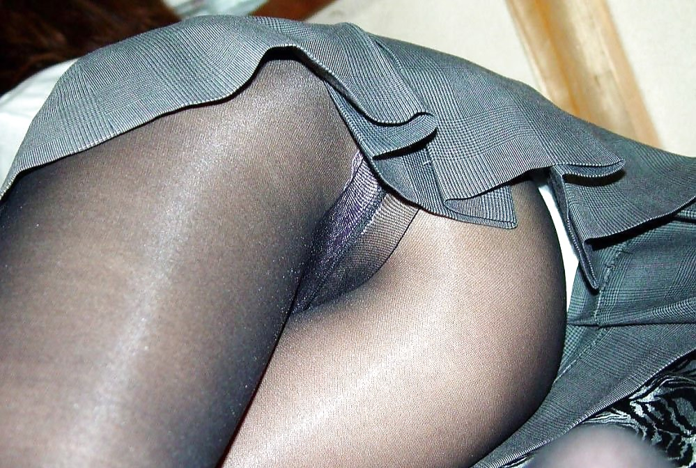 Mature Pantyhose Upskirts How To Hook Adult Photos Hq