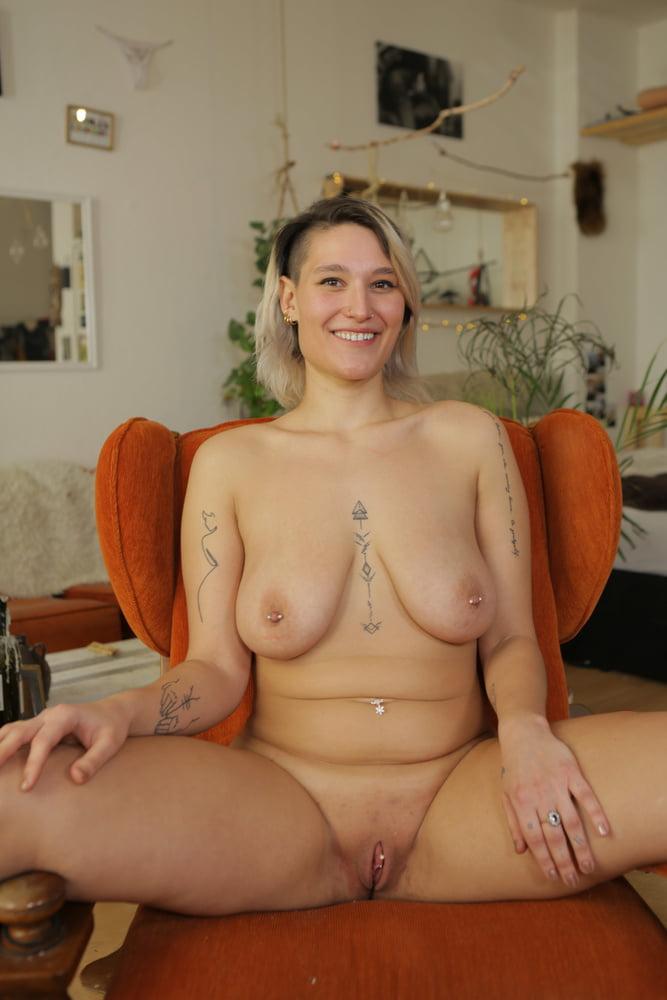 Ersties nude