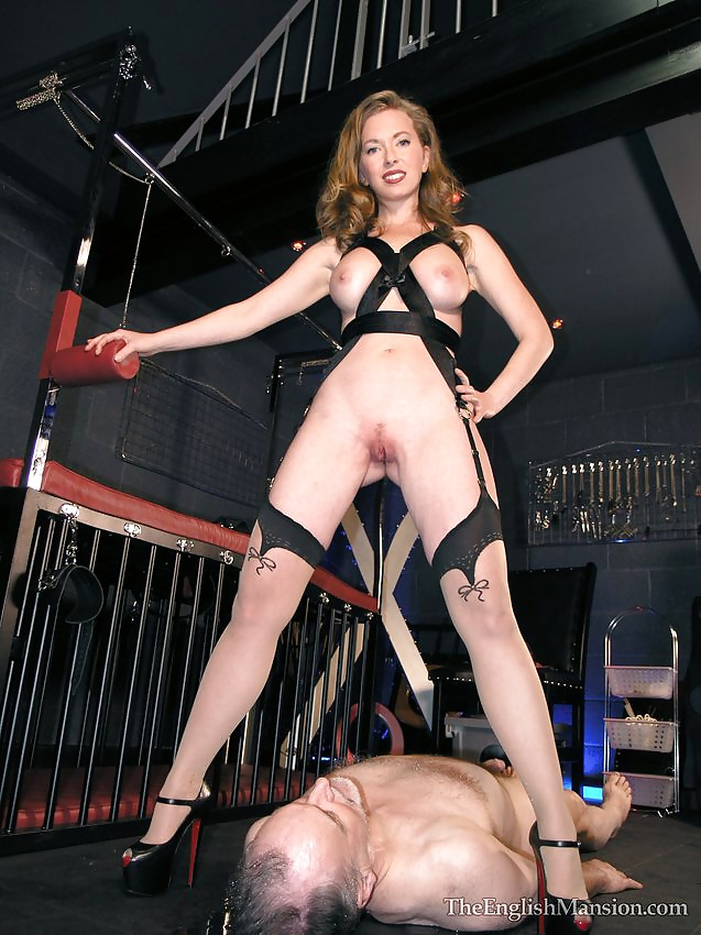 Mistress piss on slave 8