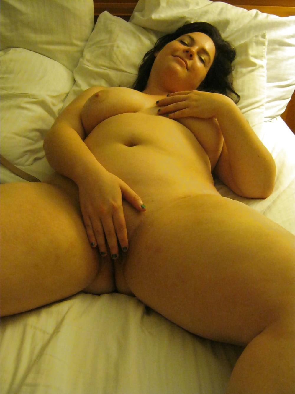 Sexy Curvy Cute Milf Cassie - 36 Pics  Xhamster-1137