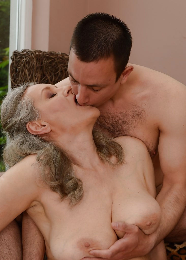 Cam with naughty milf