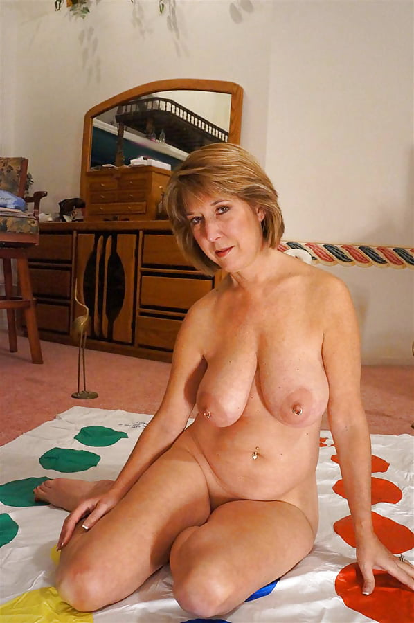 orgasm-powered-gorgeous-mature-women-nude