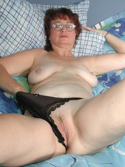 sexy fat mother