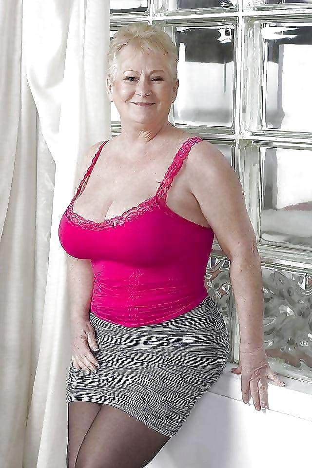 Sexy mature big tits-6661