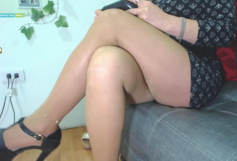 Legs or cummm