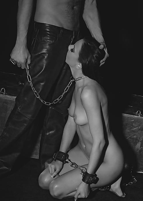красивая рабыня дрочит член господину фото - 5