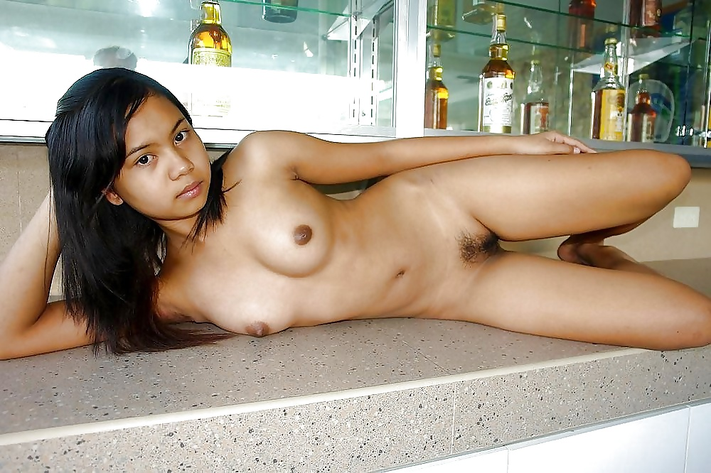 Naked thai girls