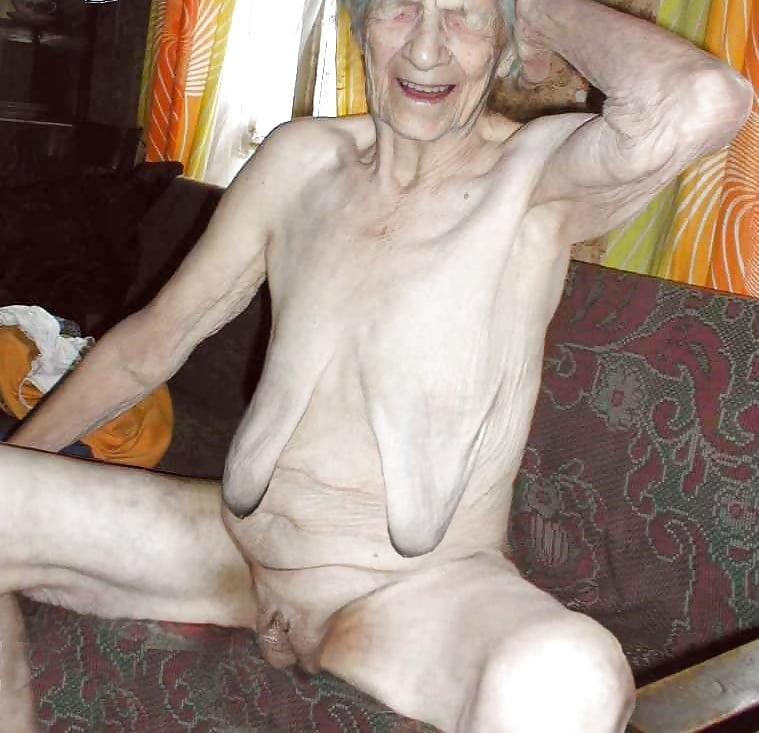 порно фото очень худых старых грудастая брюнетка