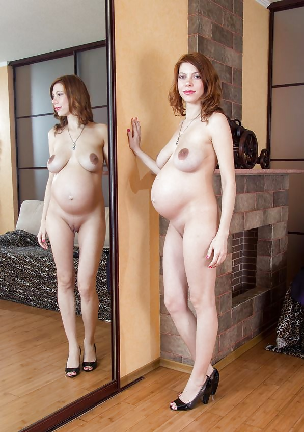 sexy-hot-pregnant-moms-naked