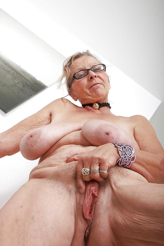 Mom Big Pussy