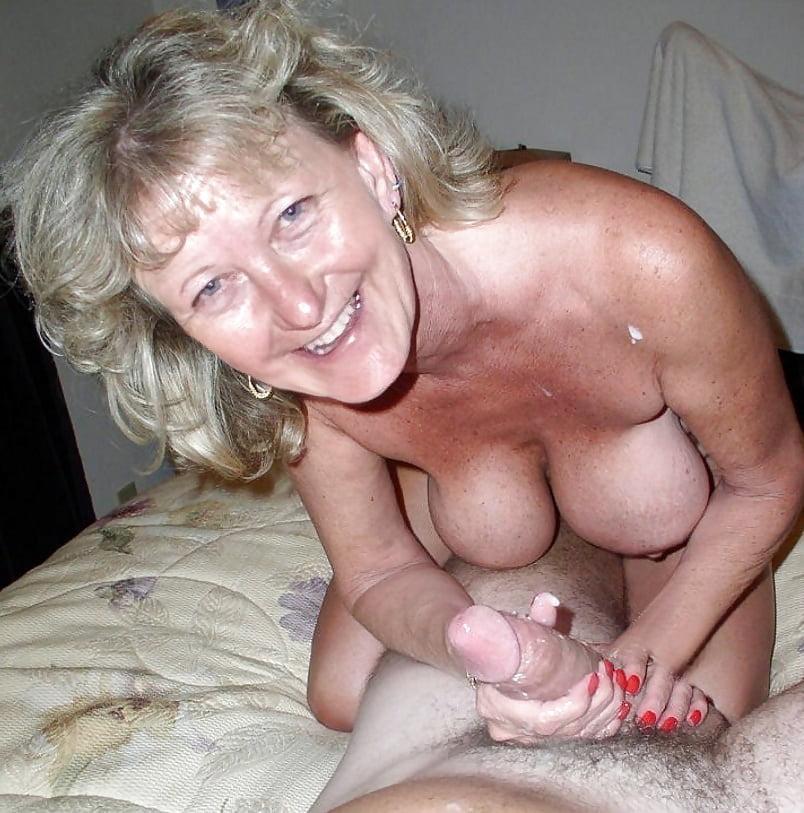 Huge Tits Granny Porn Pics