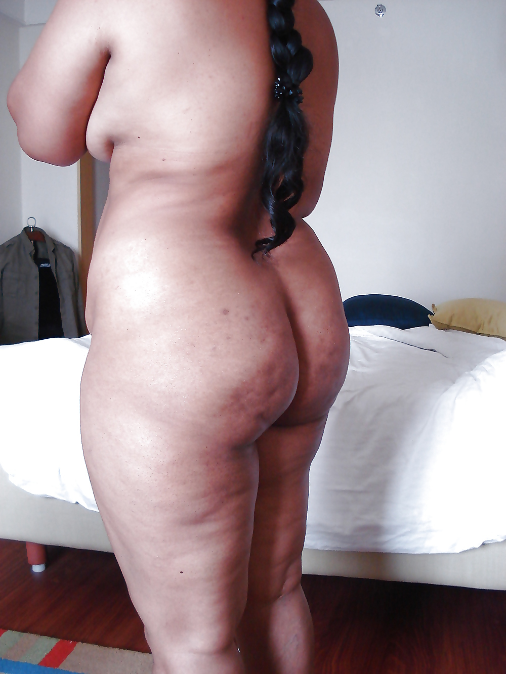 Naked indian girl with fat ass, naked anal milf