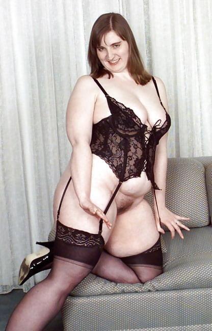 Mature Bbw Milf Cindy, Black Lingerie  Stockings Tease -7121