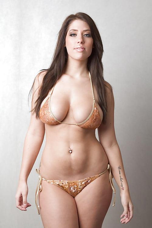 Curvy thick naked ladies, xxx garls boobs boye kissng pic