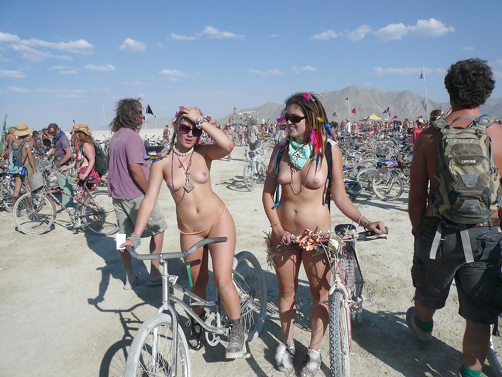 burning-man-nude-photos
