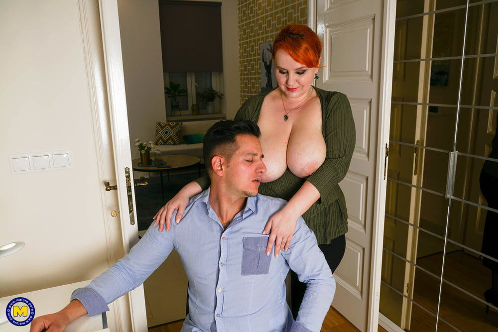 Mature BBW Katrin seduce young guy and gets creampie