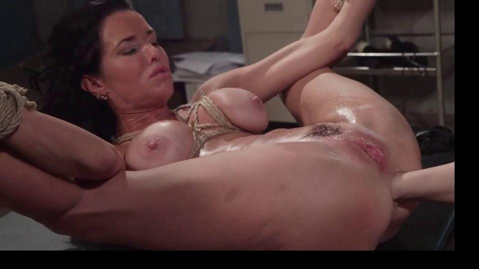 Wet Sex - 24 Pics