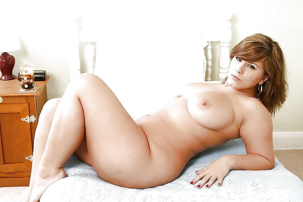 Эротический фильм плотные голые женщины порно зрелище